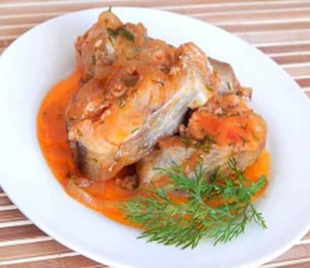 Тушеная рыба в томате в мультиварке рецепт с фото
